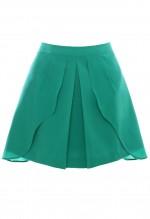 กระโปรงสีเขียว ตัดต่อและซ้อนผ้า