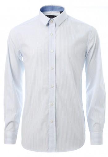 เสื้อเชิ้ตลายตารางสีฟ้าอ่อน