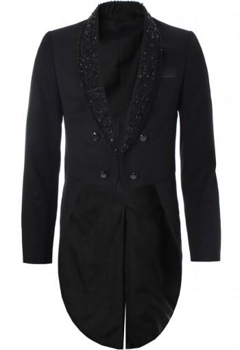 เสื้อสูททักซิโด้สีดำแต่งปก