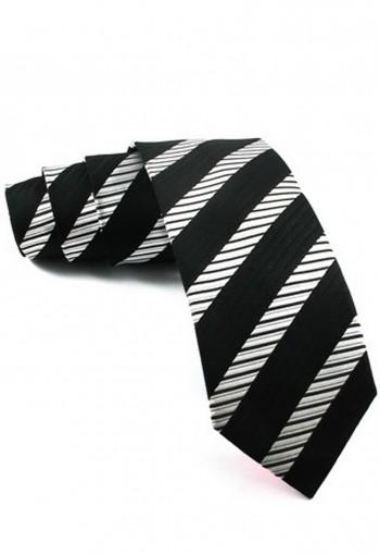 เนคไททอลายเส้นสีขาวดำ