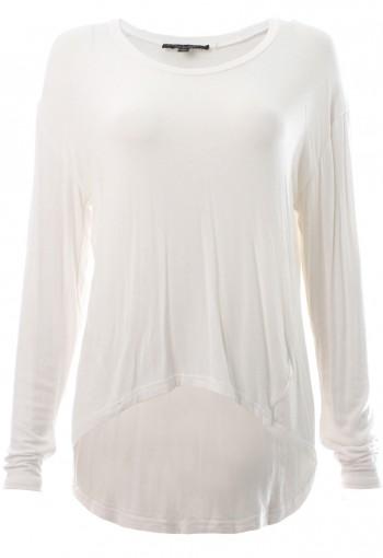 เสื้อยืืดแขนยาวสีขาว