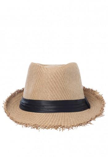 หมวกผู้หญิงปล่อยขอบ
