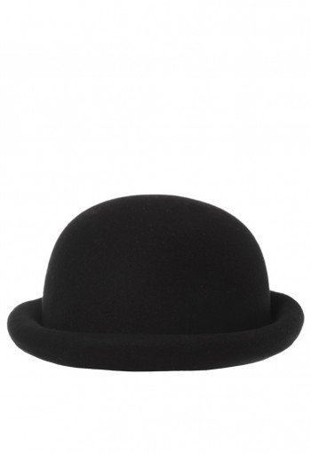 หมวกทรงกลมสีดำ
