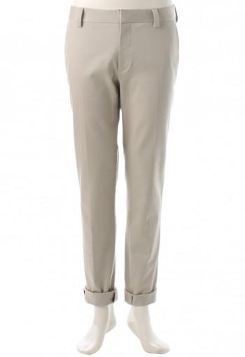 กางเกงสีกากีอ่อนทรงกระบอก