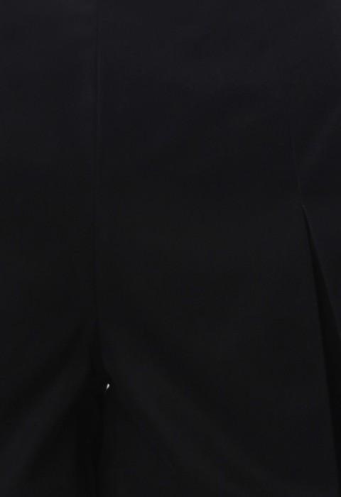 กางเกงขาสั้นสีดำจับจีบทวิส