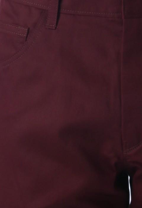 กางเกงสีแดงเลือดหมูกระเป๋าทรงโค้งขากระบอกเล็ก